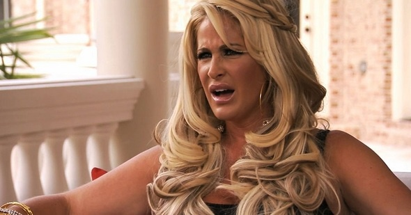 With a couple of one-off singles, a wig line and a jewelry collection under her belt, Kim Zolciak once on Real Housewives of Atlanta is worth $500,000.