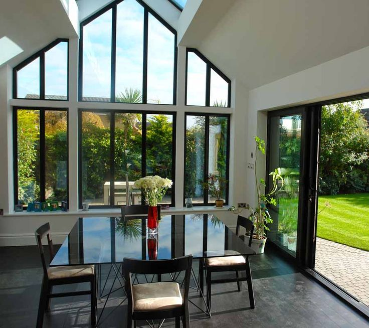 We make it easy for you to achieve the cost of casement windows in Hornchurch and energy savings you're looking for. One of the team will design and advise you to tailor products to your specific circumstances.