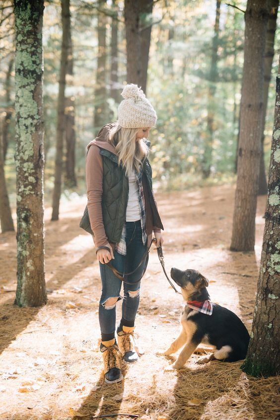 751ed8d77ad Sorel-Boots Girls Outfits with Hiking Boots-26 Ways to Wear Hiking Boots