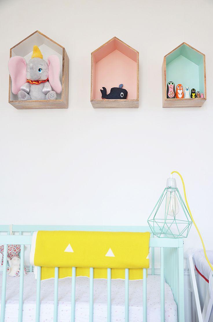 Les 90 meilleures images propos de d coration pour for Store chambre bebe