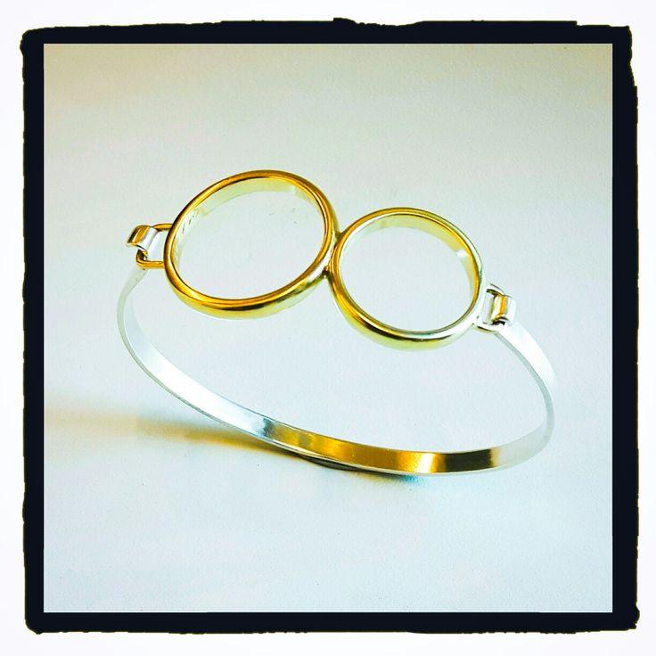 Handgemaakt, zilver, armband, gouden trouwringen, ouders, emotionele waarde www.hartsgoudsmidatelier.nl