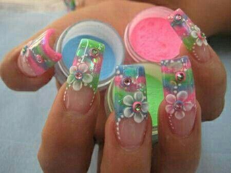 3D nail art                                                                                                                                                                                 Más