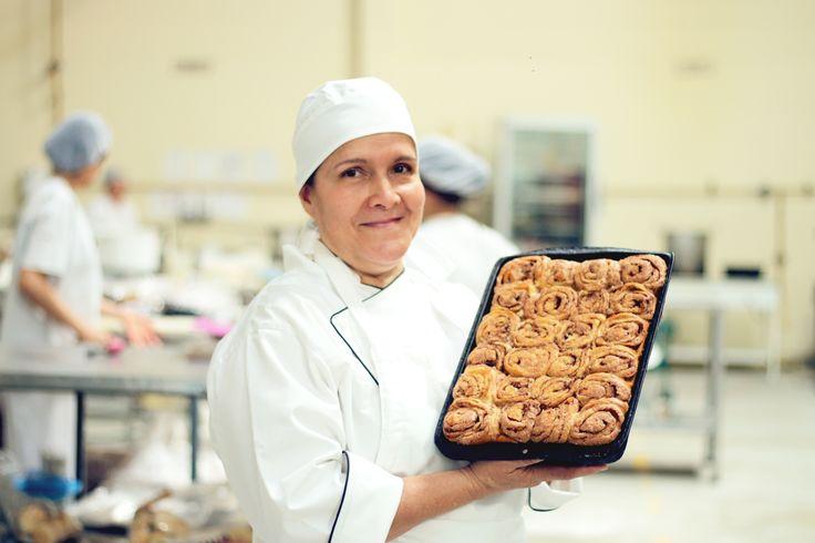Un pan bien hecho es el resultado de unos excelentes ingredientes y, sobre todo, de las manos artesanas de los panaderos.
