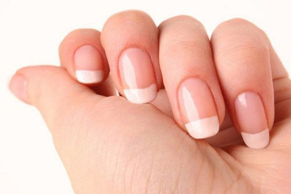 Smear White Vinegar for Strengthening Nails After Shellac & Natural Care