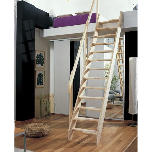Escalier de meunier en bois à pas décalés, haut. sol à sol : 2.80m