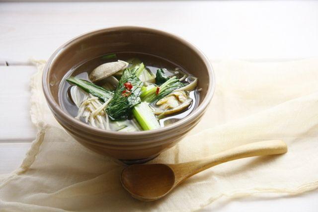 食べ過ぎ飲み過ぎをリセットさせる♡体に優しい和スープレシピ - Locari(ロカリ)