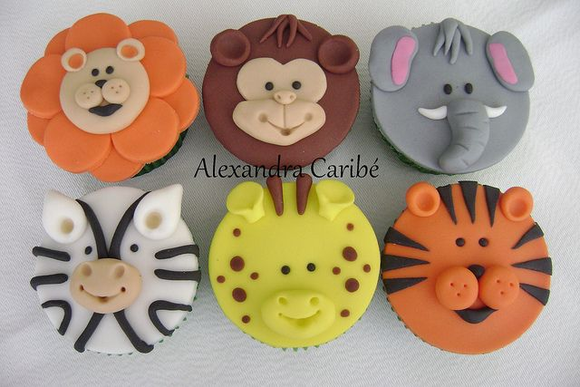 Cupcakes de selva 2- Jungle cupcakes 2 by Alexandra Bolos Artísticos, via Flickr