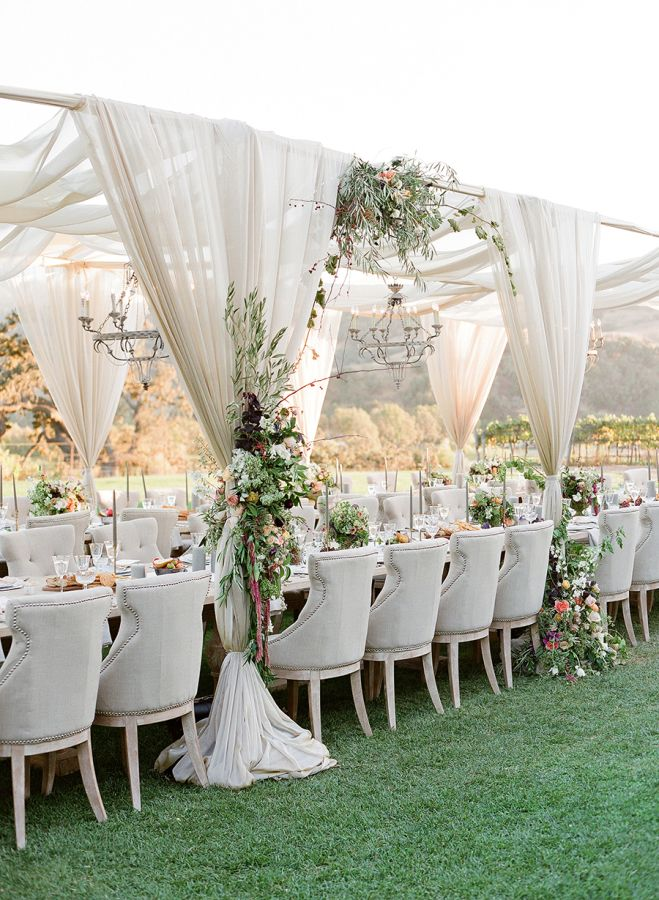 Never have I ever come across a wedding quite as dazzling as this Santa Ynez affair. And it makes complete sense when you hear that the gorgeous Bride is none other than the founder of Flutter Magazine. With the help of an