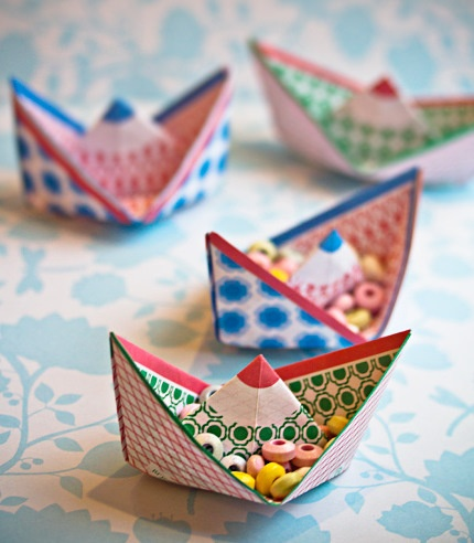 Origami boats #Japan #JapaneseArt #Art