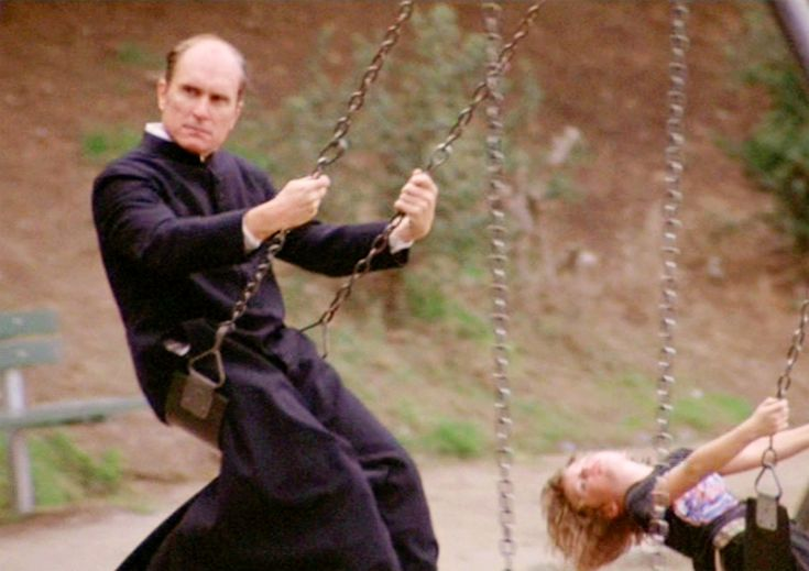 """Robert Duvall's uncredited cameo in Phillip Kaufman's 1978 superb remake of """"Invasion of the Body Snatchers""""."""