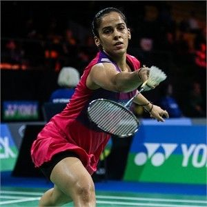 YONEX French Open 2015:  Saina Nehwal (NANORAY 900, SHB02LTD)
