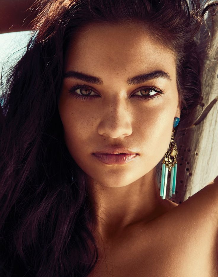 Shanina Shaik Soaks up the Sun for Revolve Clothing's Summer 2013 Lookbook | Fashion Gone Rogue: The Latest in Editorials and Campaigns