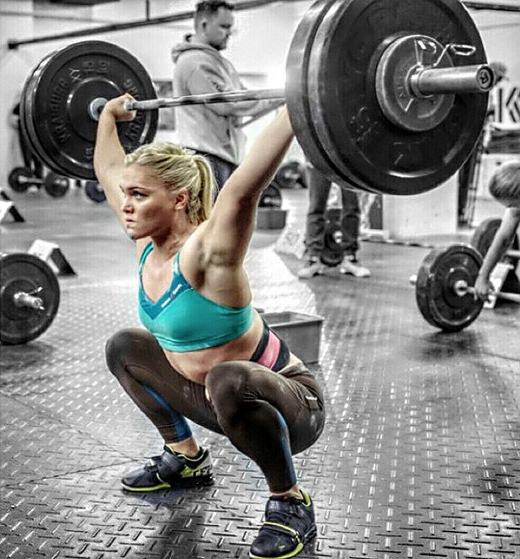 Things You Wish You Knew Before You Started Working Out--woman squatting