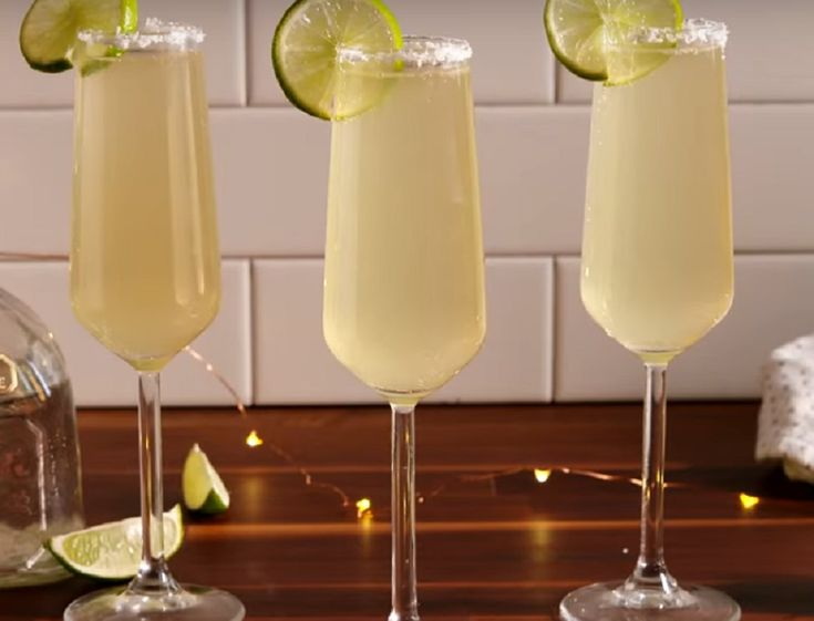 Here's a recipe for champagne margaritas to add some fancy to your New Year's Eve party cocktail menu