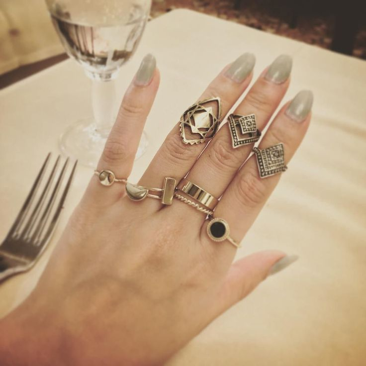 #rings #nails #manicure #pimpkie #fingers #hand #paris #buy #aztec by happyckuo