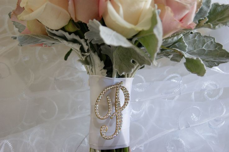 """2"""" Bridesmaids pin complementing the beautiful flowers by Berries and Blooms."""