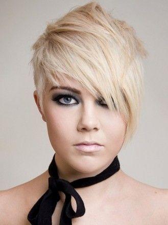 Стрижка Асимметрия с окрашиванием жемчужный блонд на короткие волосы