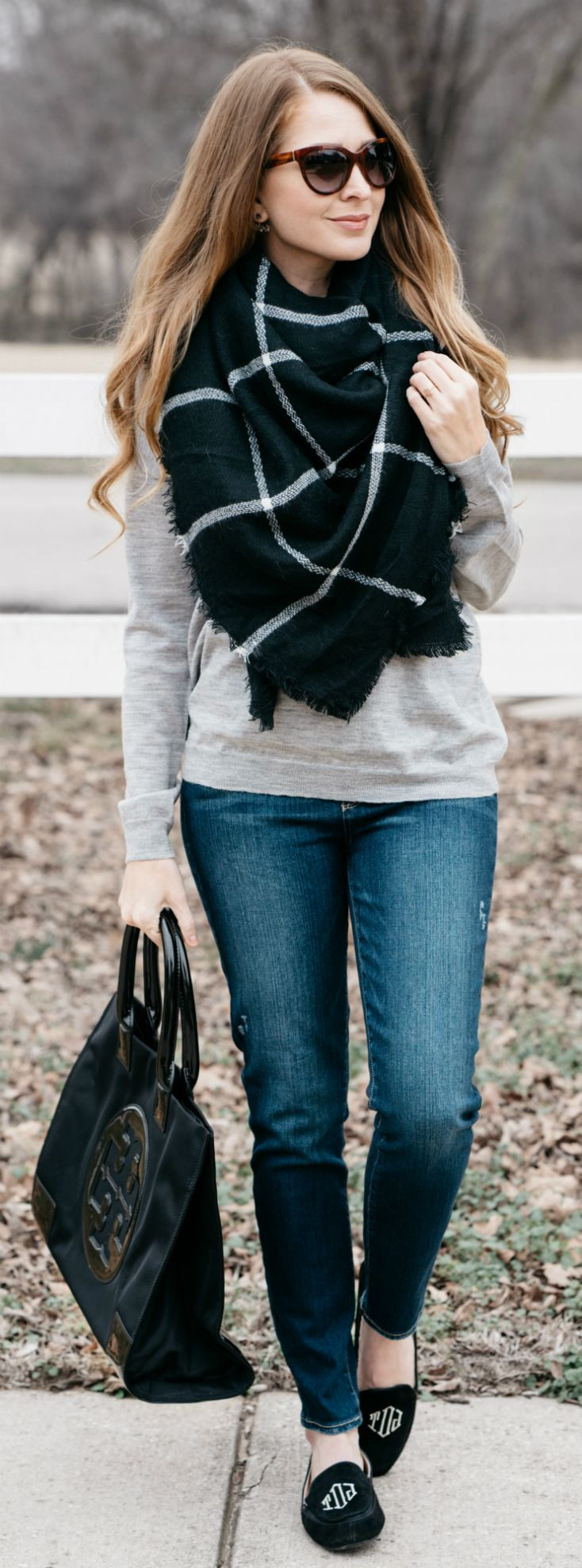 Black Blanket Scarf / Tory Burch Ella Tote / Marley Lilly Monogrammed Loafers / Fall & Winter Style / Fashion / Outfit Ideas