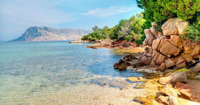 £: San Teodoro, Sardegna (foto Andrea Matone / Alamy)
