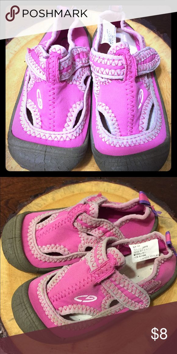 Toddler Girls Water Shoes 5/6 Worn once to the beach, great for outdoor water fun! Shoes Water Shoes