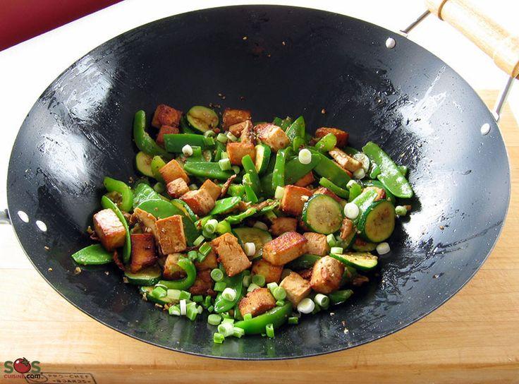 SOSCuisine: #Sauté de #tofu et #champignons #shiitake  Une recette de mon amie Keiko qui, tout en m'enseignant le Japonais, m'a montré aussi plusieurs trucs sur la cuisine de son pays.