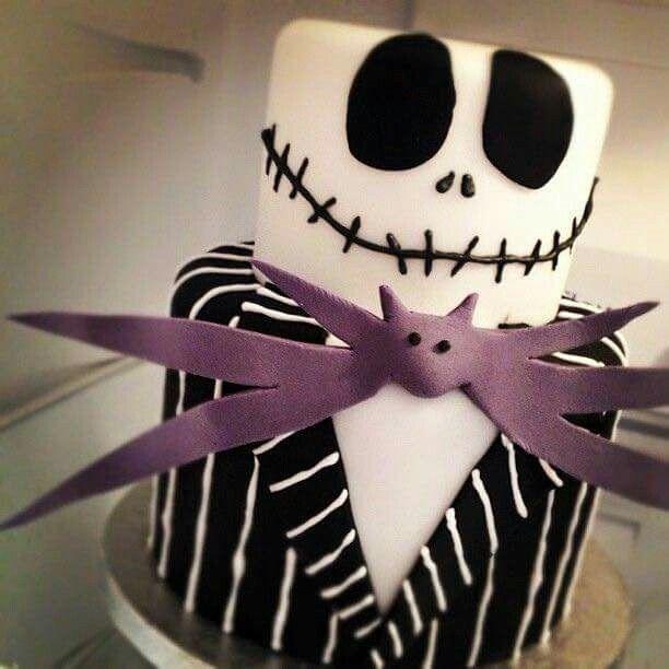Halloween cake purple black nightmare before Christmas