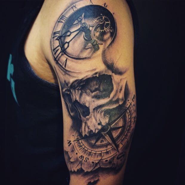 caveira, com bússola e Relogio | Tatuagem.com (tatuagens, tattoo)