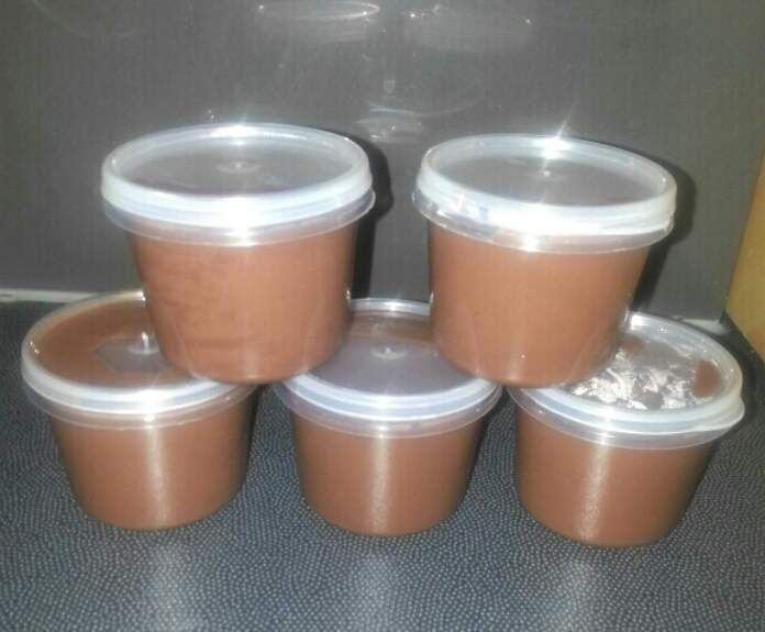 """Recipe dairy free chocolate """"Yogo"""" by clean lean and a little bit mean - Recipe of category Desserts & sweets"""
