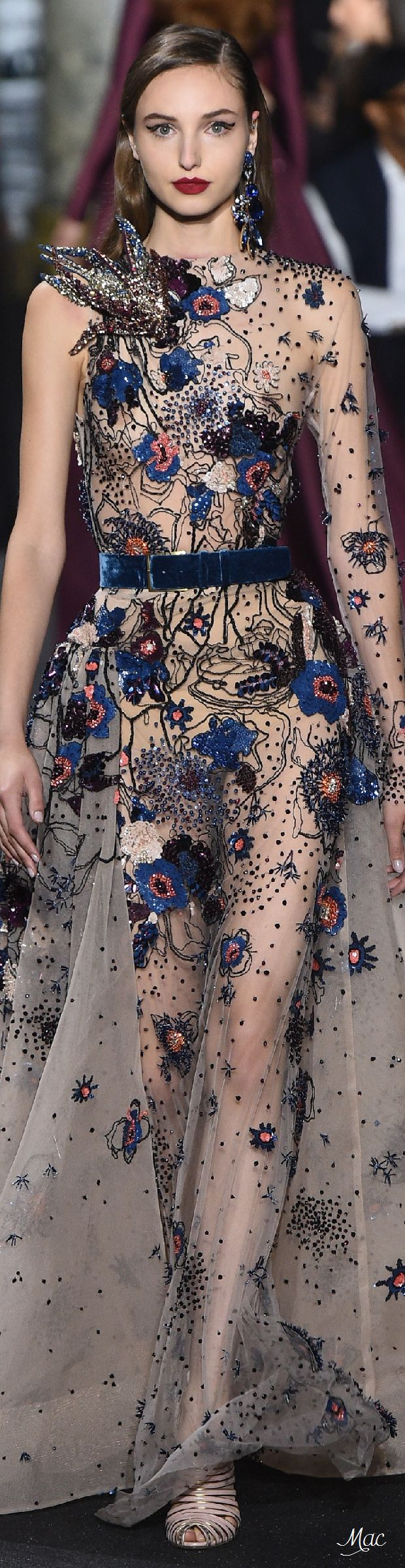 Fall 2016 Haute Couture - Elie Saab                                                                                                                                                                                 More