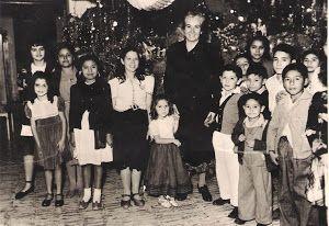 En Veracruz, con niños de la escuela que lleva el nombre de Gabriela Mistral.