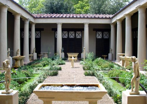 Roman house with interior courtyard garden http://www.timetrips.co.uk/roman%20towns%20houses.htm