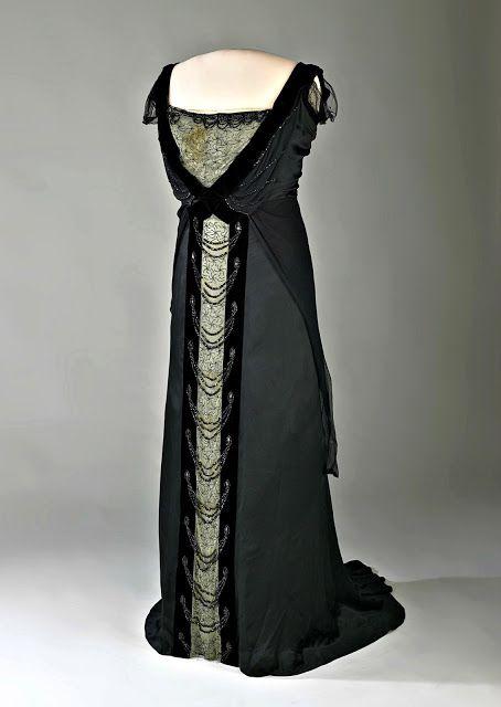 Location robe soiree lyon place wilson
