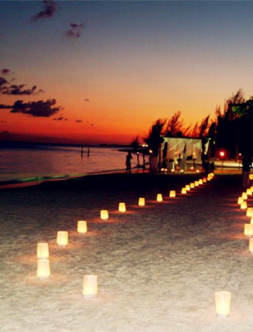 2014 beach wedding light decor, romantic beach wedding decor idea.