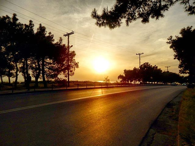 Be a true traveller don't be a temporary tourist  #running #skg #thessaloniki #sea #sunset #travel #igdaily #salonica #road #roadtrip #wanderlust #travelawesome #awsomeearth