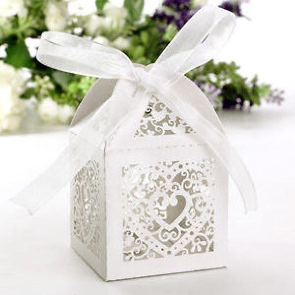 Cage a papier mariage avec coeur