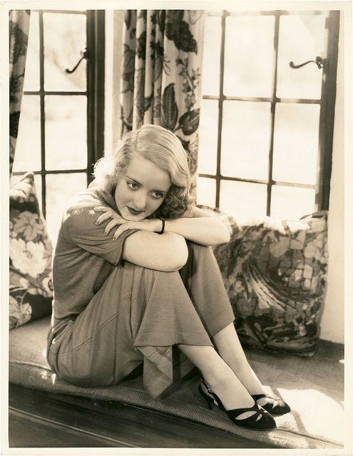 Bette Davis, (great photo)