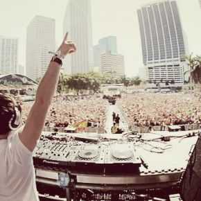 Hardwell @ Ultra Music Festival Miami 03-24-2012