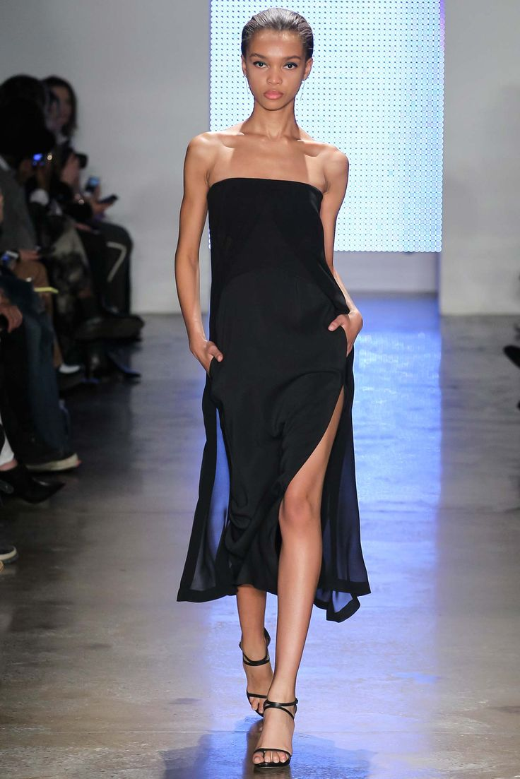 Dion Lee Fall 2015 Ready-to-Wear - Collection - Gallery - Style.com   really like the opposing color lining…elegant