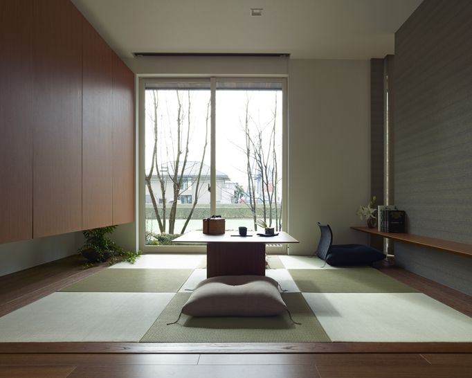tatami with window desk and shelf idea