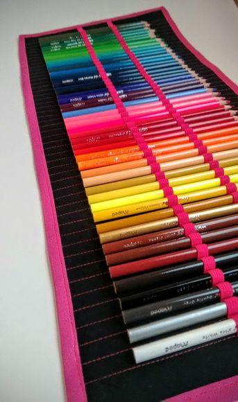 Estojo de Rolinho - 48 lápis