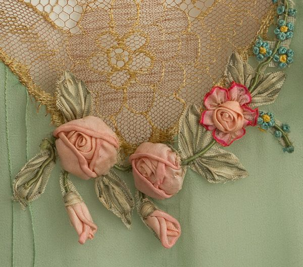 Treasure Hunt for high-style vintage clothing at Vintage Textile. Antique and vintage embroidery ribbons