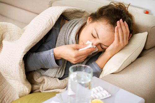 Apparently, people who view themselves as healthy are less susceptible to the common cold.