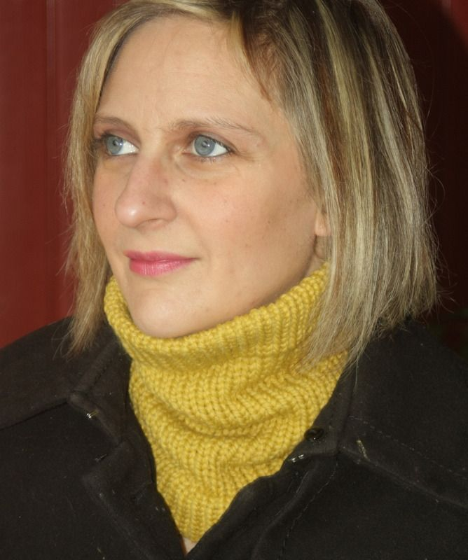 Tour de cou moutarde en laine : Echarpe, foulard, cravate par magalie-tissot-creations