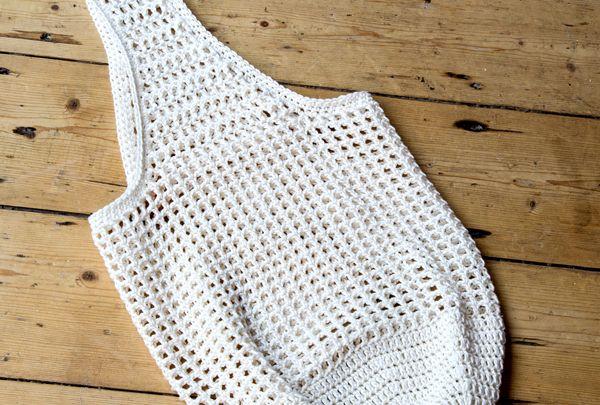 Crochet bag pattern: How to make a crochet market shopper - Mollie Makes