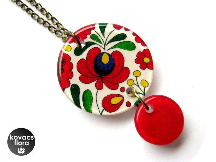 Matyó rózsás nyaklánc by http://www.breslo.hu/kovacsflora/shop