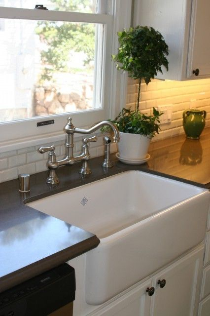I LOVE This Farm Style Kitchen Sink. Itu0027s Huge! Perfect For Bathing Little