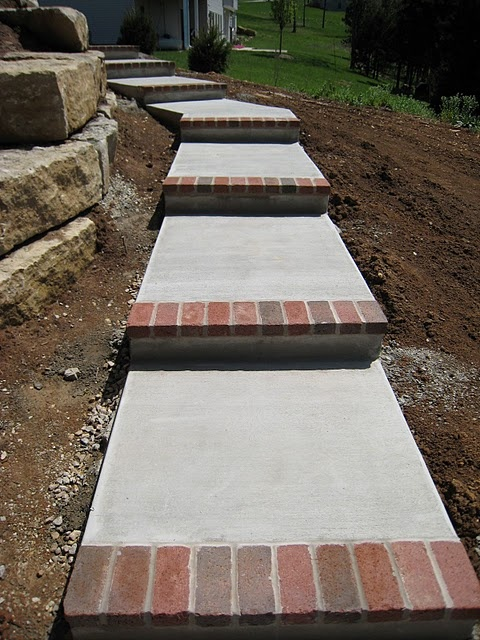 Concrete steps with brick toe new house new style for Brick steps design ideas
