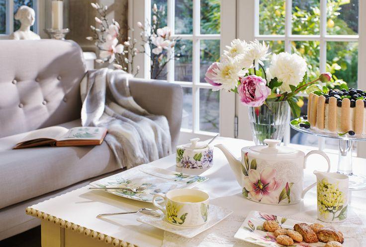 Flores naturales y decoración cachemira... así es el diseño que predomina en la línea Quinsai Garden de Villeroy & Boch. Ven a concerla. Encuéntrala en nuestras tiendas Art de la Table.  Art de la Table...el arte llevado a su mesa.  #ArtdelaTable #Porcelana #VilleroyBoch #mantelesfinos #mantelesantimanchas #luispasteur #vitacura #alonsodecordova #lobarnechea #vajillaeuropea
