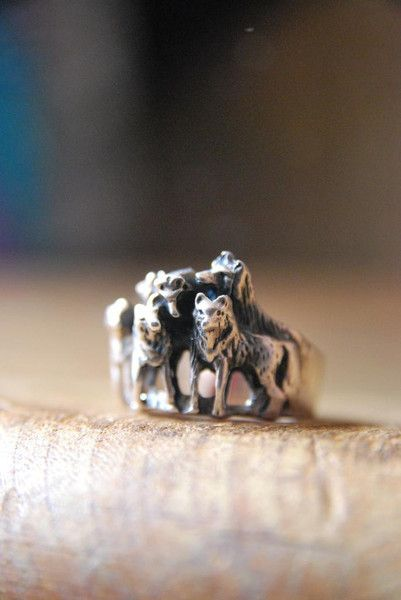 Wolf pack ring - photo#2