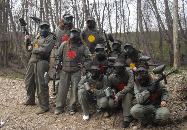 Paintball en Coruña http://www.despedidascoruna.es/multi-aventuras/paintball/